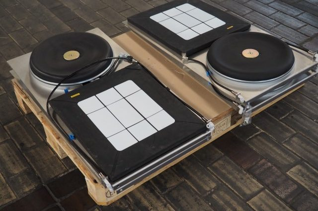 Set Pneumatic Air Skates for moving equipment