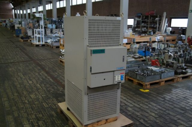 DenkenSeiki Noise Cut AVR Isolation Transformer