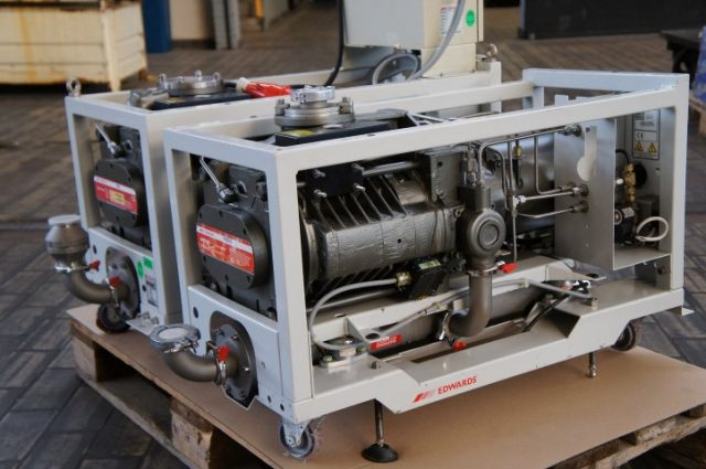 BOC Edwards QDP80 Dry Semiconductor Vacuum Pump