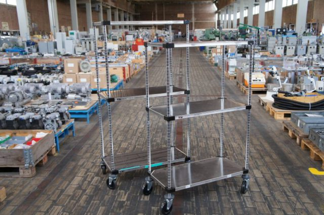 RVS metro cleanroomstelling